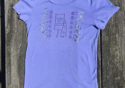 purple t-shirt, size extra large